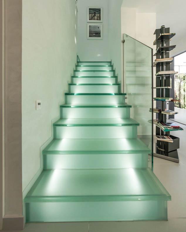 escalier et garde-corps en verre sécurisé